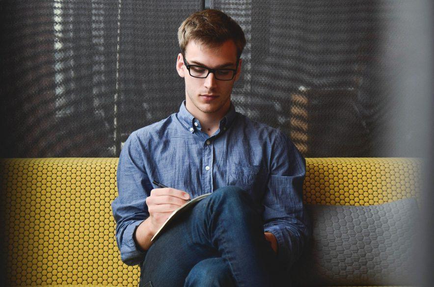起業と経営は、小さな与信を太らせていく「わらしべ長者的な努力」に、他ならない。