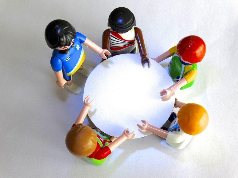 営業マンのコミュニケーション能力を向上するには?人材営業のマネジメント経験で有効だった5つの施策を解説