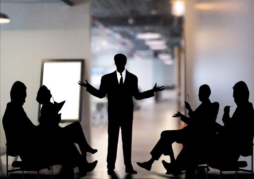 リーダーシップ・スタイルとは?6つのスタイルを使い分け、チームを成功へ導こう