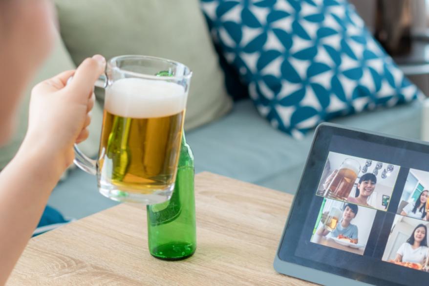 「オンライン飲み会」の効能とテレワークに必要なマネジメント
