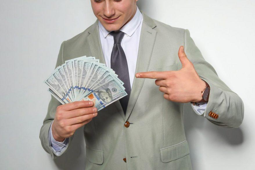 非正規雇用の社員にボーナス(賞与)を支給する必要はある?直近の最高裁判例の論理とは