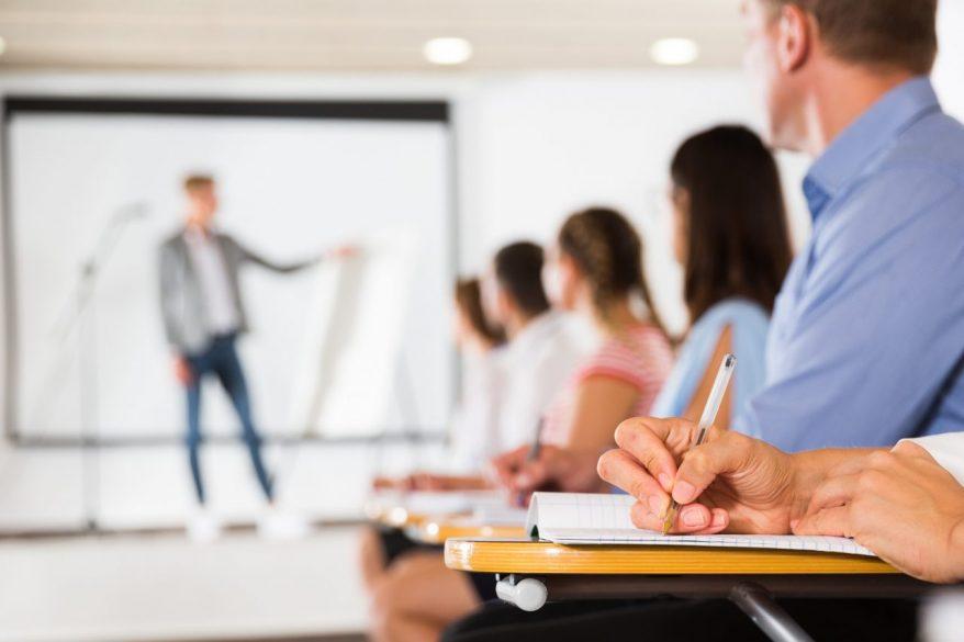 OJTとは?OJTによる研修の目的と必要性、メリット・デメリット、正しい導入の流れを徹底解説!