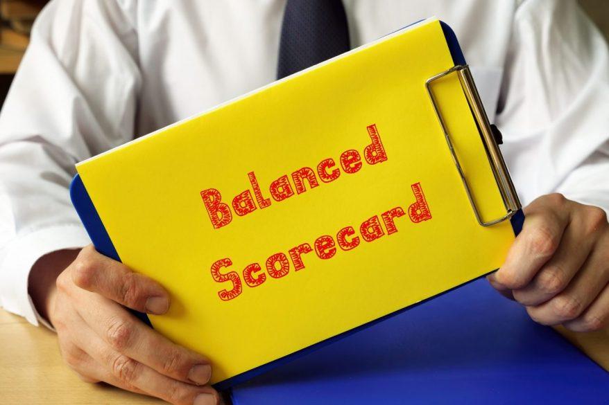 バランススコアカードとは?経営管理に必要な4つの視点と5つのプロセスをわかりやすく解説!