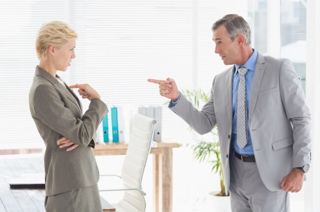 クラッシャー上司の部下はどうすべきか、会社は何をなす…